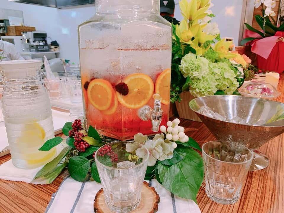 ジェティードカフェの水
